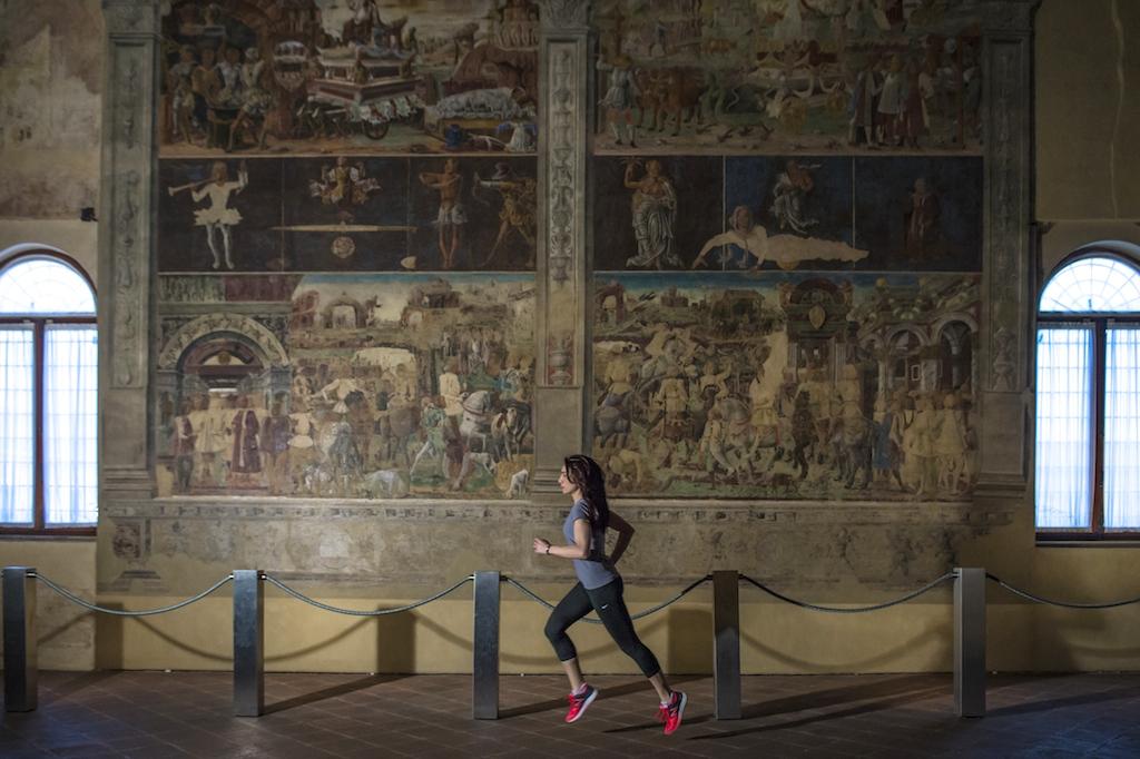 Palazzo Schifanoia - Running Post