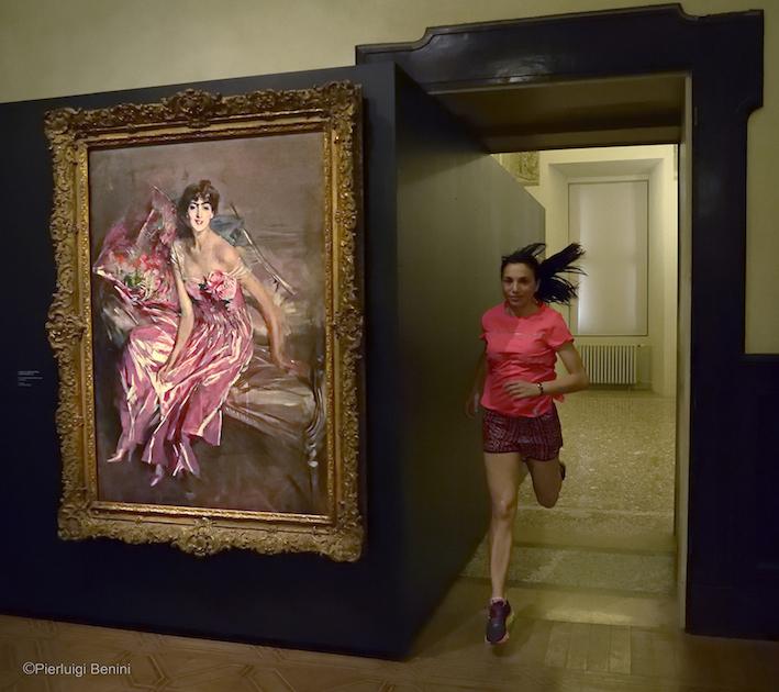 La signora in rosa, 1916 - Giovanni Boldini, CASTELLO ESTENSE - FOTO BENINI PER RUNNING POST