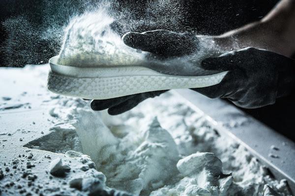 Adidas - Running Post