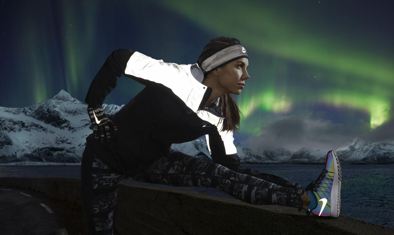 Nike_ShieldRunner_Flash_Jacket_JJozwik_native_1600