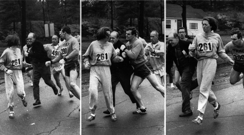 Kathrine Switzer nel 1967 quando il giudice la strattonò in gara nel tentativo di fermarla (Ap Photo)