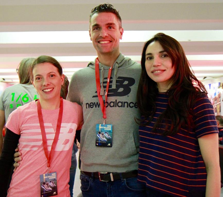 Eccomi con Silvia Weissteiner e Nicola Zuccarello, tre ambassador New balance per la maratona - Foto di Tommaso Gallini