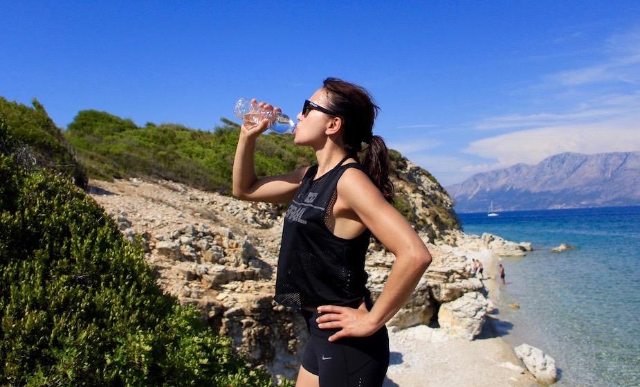 5 motivi per bere acqua - Running Post