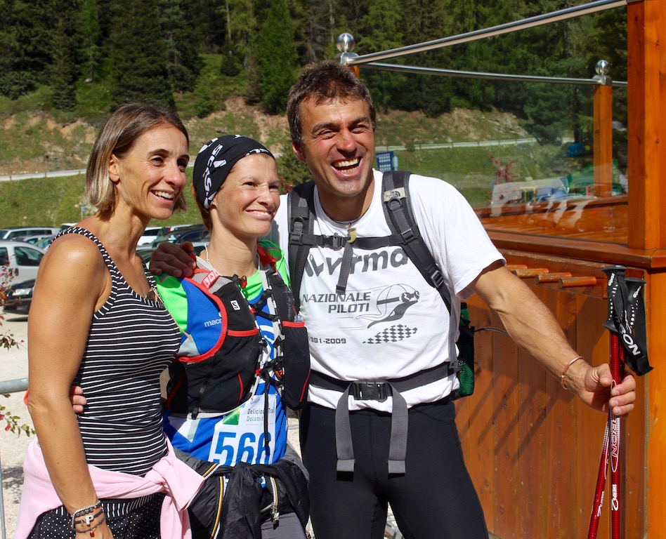 Kristian Ghedina con la fidanzata e una concorrente al Bai de Dones