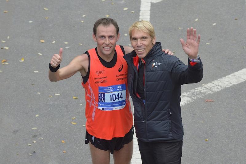 Stefano Baldini e Peter Ciaccia all'arrivo della maratona di New York 2015 - Foto di Pierluigi Benini