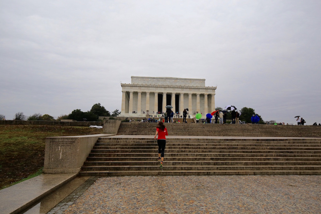 Lincoln Memorial - Running Post