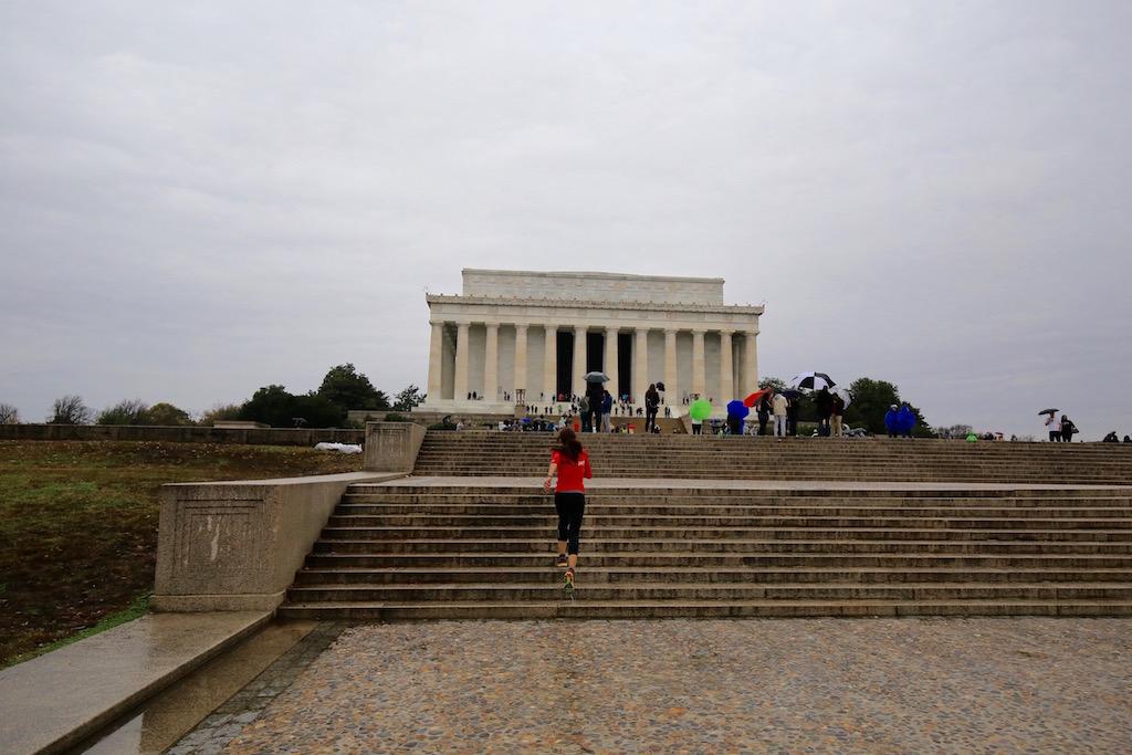 Lincoln Memorial - Running Post