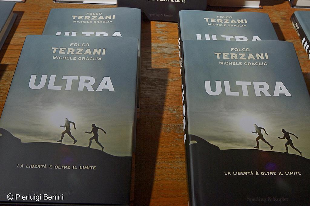 LIBRO ULTRA - FOTO RUNNINGPOST