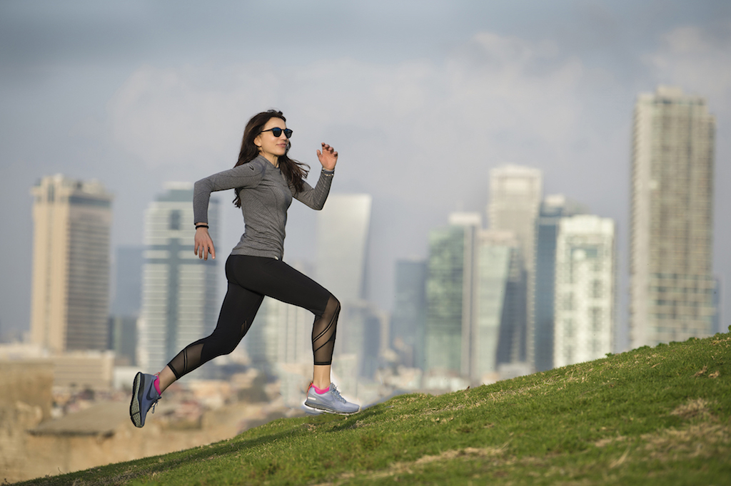 Irene corre a Tel Aviv - foto Benini per Running Post