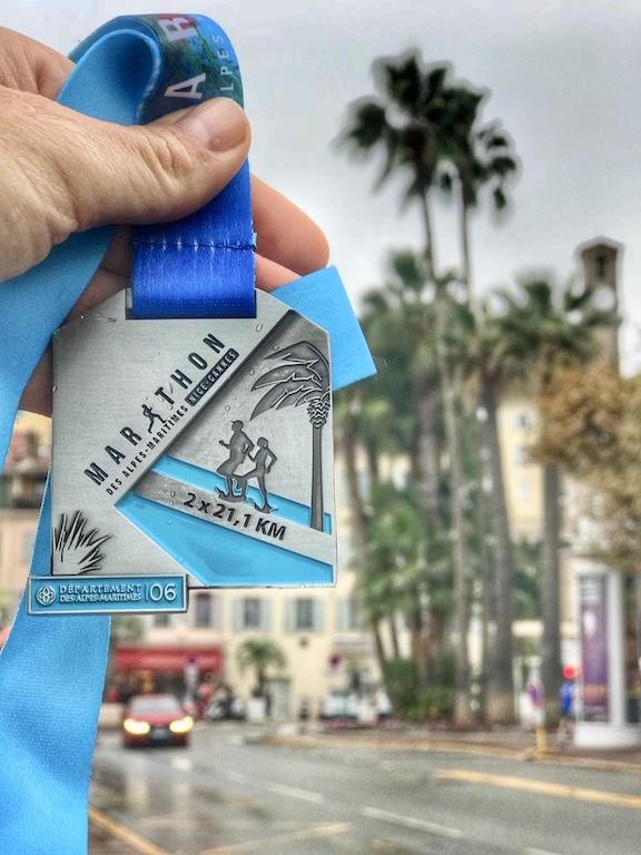 La medaglia 2018 della maratona Nizza-Cannes - RUNNING POST